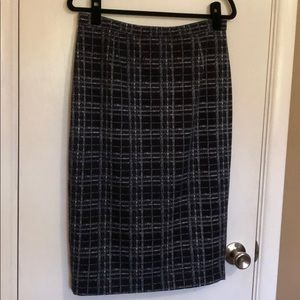 Dresses & Skirts - G By Giuliana size 12 black plaid pencil skirt